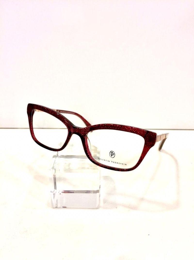 Valentin Yudashkin   Фирменные Солнцезащитные очки на Профсоюзной b27c7453105